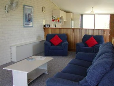 Penguin Mews - Accommodation Whitsundays