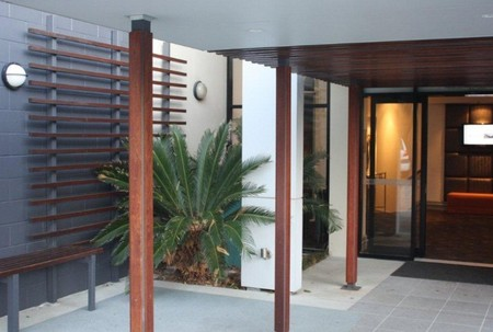 Quality Hotel Airport International - Accommodation Whitsundays