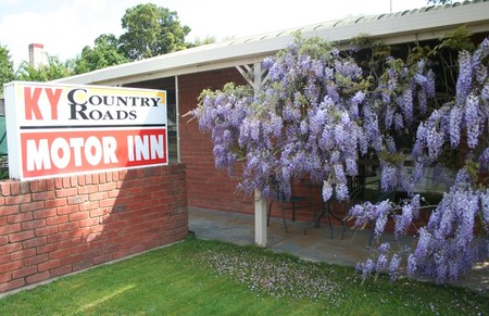 KY COUNTRY ROADS MOTOR INN - Accommodation Whitsundays
