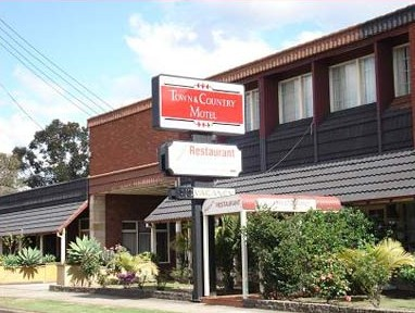 Town  Country Motel - Accommodation Whitsundays