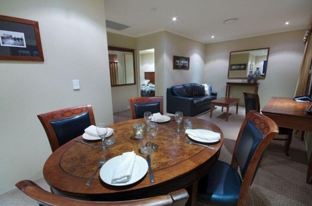 Quality Hotel Powerhouse - Accommodation Whitsundays