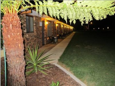 Golfers Lodge Motel - Accommodation Whitsundays