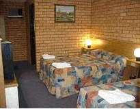 Royal Palms Motor Inn - Accommodation Whitsundays