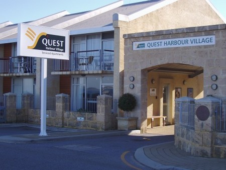 Quest Harbour Village - Accommodation Whitsundays