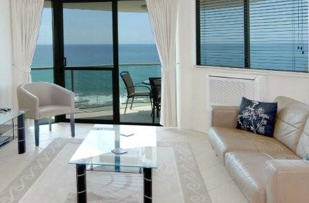 Malibu Mooloolaba - Accommodation Whitsundays