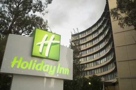 Holiday Inn Melbourne Airport - Accommodation Whitsundays