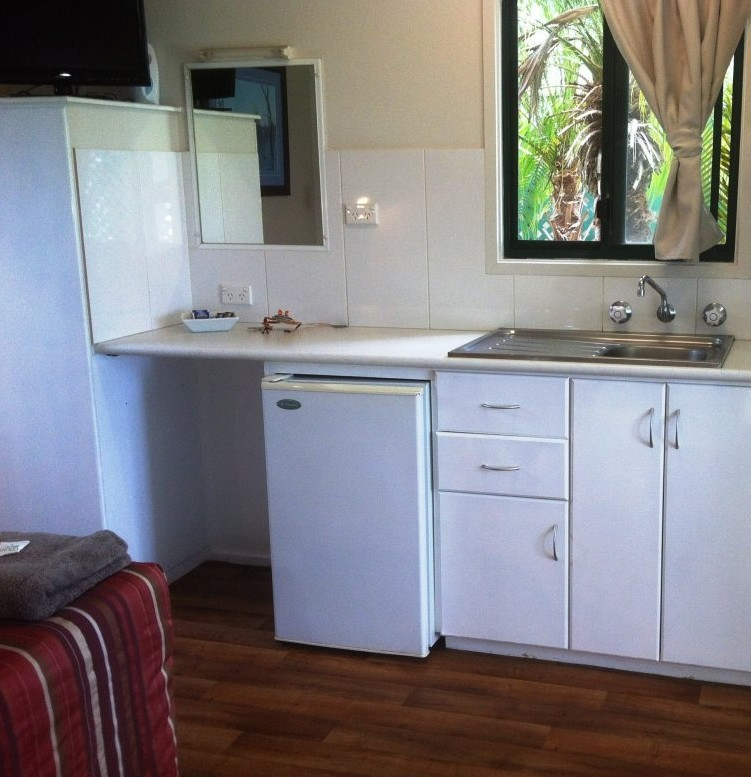 Kimberleyland Holiday Park - Accommodation Whitsundays