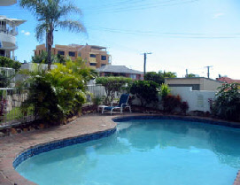 Estoril On Moffat Holiday Apartments - Accommodation Whitsundays