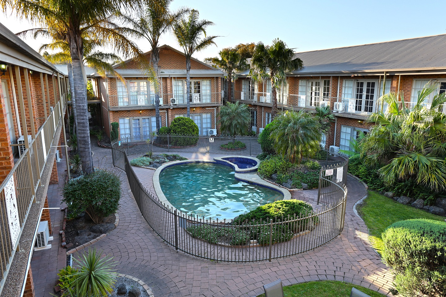 Quality Hotel Melbourne Airport - Accommodation Whitsundays
