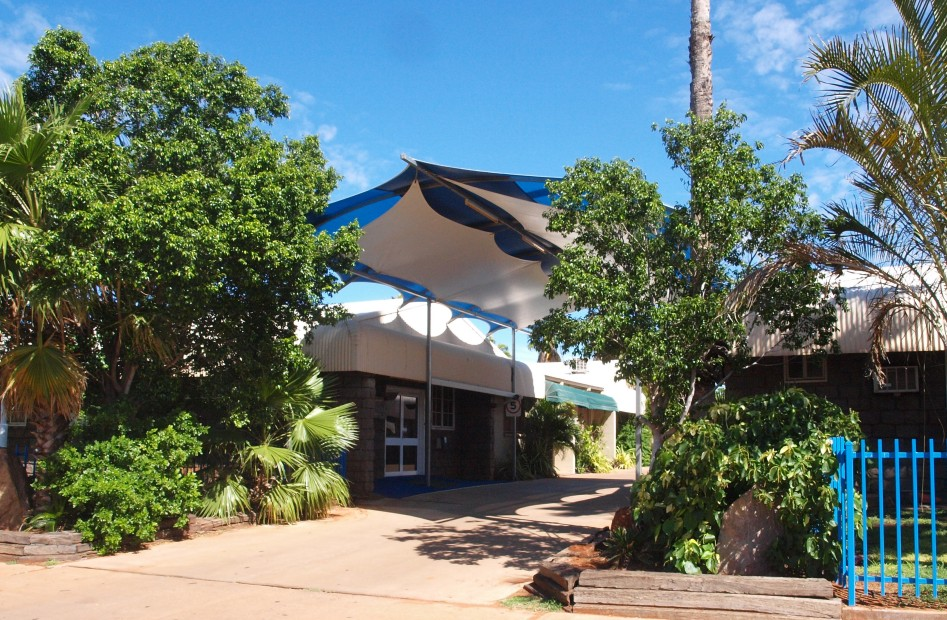 Bluestone Motor Inn - Accommodation Whitsundays