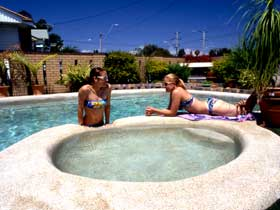 Mackay Motor Inn - Accommodation Whitsundays