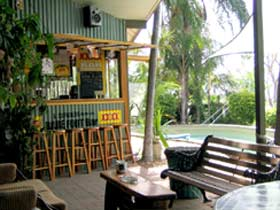 Backpackers By The Bay - Accommodation Whitsundays