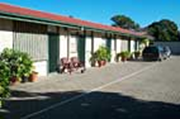 Motel Poinsettia - Accommodation Whitsundays