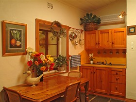 Citrus Cottage - Accommodation Whitsundays
