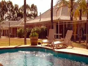 Best Western Standpipe Golf Motor Inn - Accommodation Whitsundays