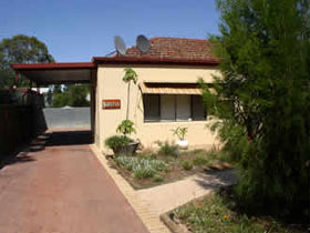 Loxton Smiffy's Bed And Breakfast Sadlier Street - Accommodation Whitsundays