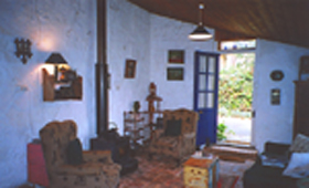 Hamilton's Cottage Collection and Country Gardens - Edwards Cottage - Accommodation Whitsundays