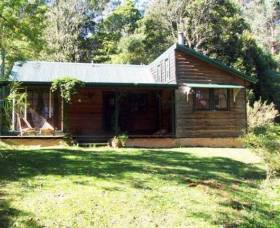 Red Dog Retreat - Accommodation Whitsundays