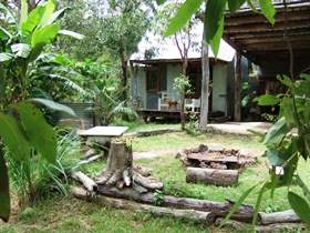 Ride On Mary Bush Cabin Adventure Stay - Accommodation Whitsundays