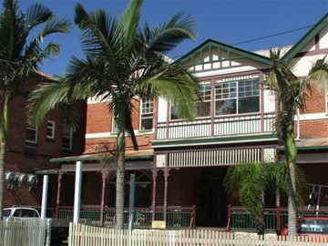 Maclean Hotel - Accommodation Whitsundays