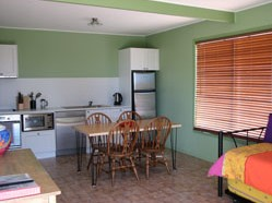 Fossickers Cottages - Accommodation Whitsundays