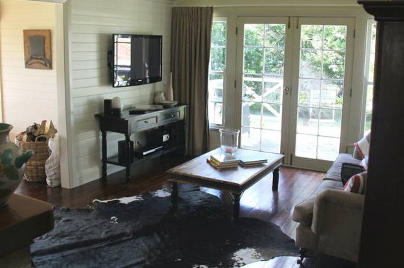 Book Barn Cottage - Accommodation Whitsundays