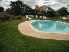 Motel Meneres - Accommodation Whitsundays