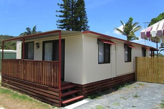 BIG4 Capricorn Palms Holiday Village - Accommodation Whitsundays