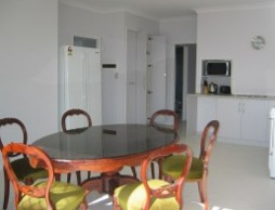 Olas Holiday House - Accommodation Whitsundays