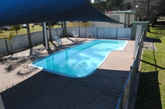 Crows Nest Caravan Park - Accommodation Whitsundays