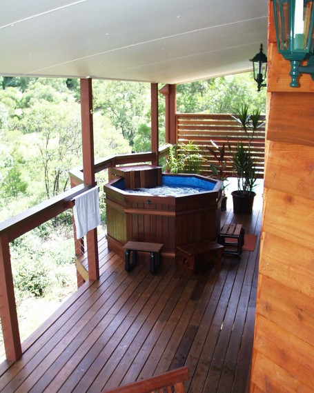 Ravensbourne Escape Holiday Cottages - Accommodation Whitsundays