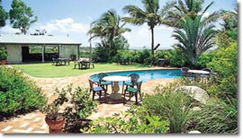 Camelot Motel - Accommodation Whitsundays