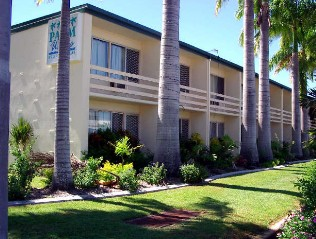 Palm Waters Holiday Villas - Accommodation Whitsundays