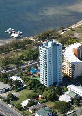 Palmerston Tower - Accommodation Whitsundays