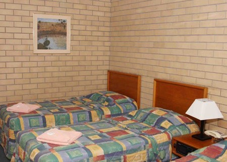 Gunsynd Motor Inn - Accommodation Whitsundays