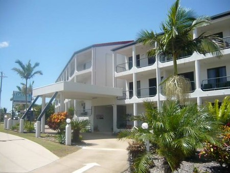 L'Amor Holiday Apartments - Accommodation Whitsundays