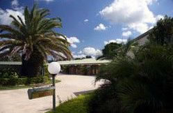 Pacific Paradise Motel - Accommodation Whitsundays