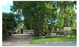 Zamia Motel - Accommodation Whitsundays