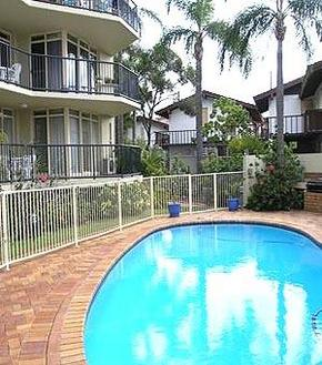 Bayview Beach Holiday Apartments - Accommodation Whitsundays