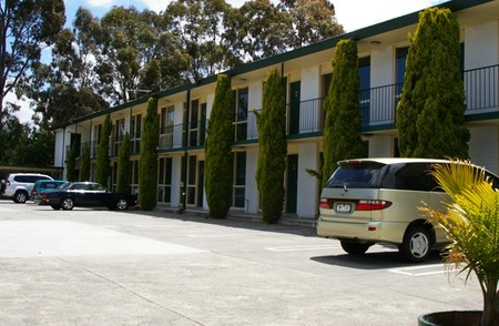 Mulgrave Court Motor Inn - Accommodation Whitsundays