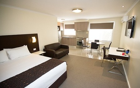 Country Comfort Premier Motel - Accommodation Whitsundays