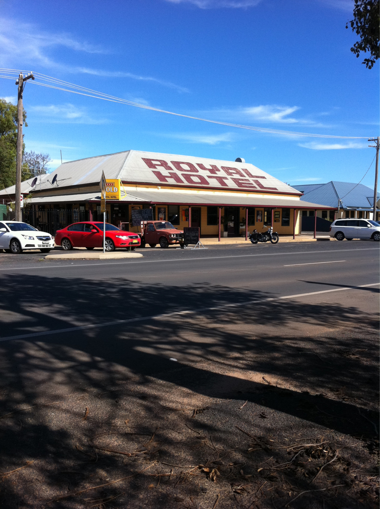 Royal Hotel Narromine - Accommodation Whitsundays