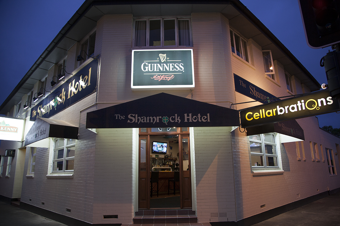 Shamrock Hotel - Accommodation Whitsundays