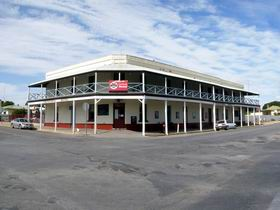 The Cornucopia Hotel - Accommodation Whitsundays