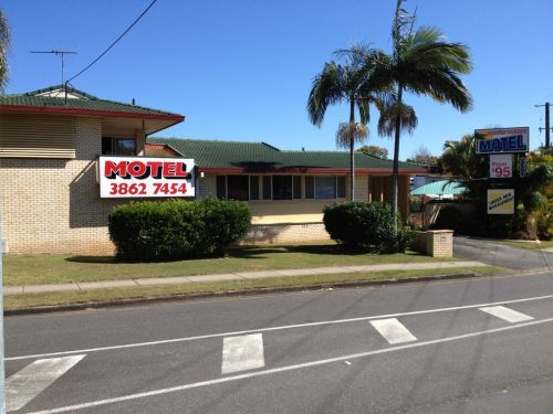 Aspley Sunset Motel - Accommodation Whitsundays
