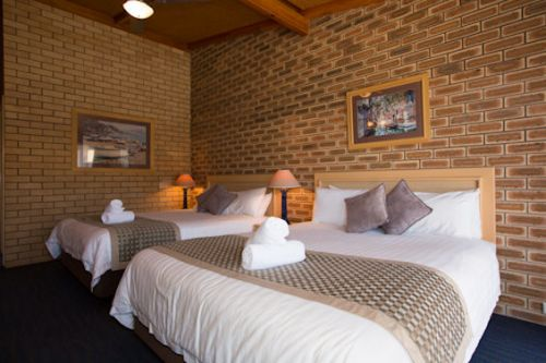 The Town House Motor Inn - Sundowner Goondiwindi - Accommodation Whitsundays
