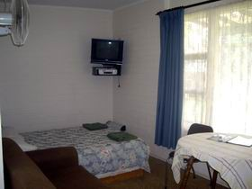Brownlow Holiday Unit - Accommodation Whitsundays