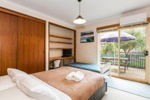 Beachside Accommodation Torquay - Accommodation Whitsundays