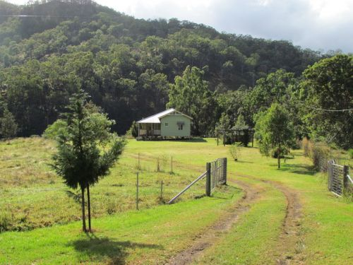 Eighteen Mile Cottage and Homestead - Accommodation Whitsundays