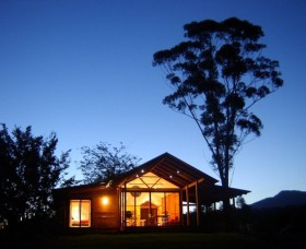 Promised Land Cottages - Accommodation Whitsundays